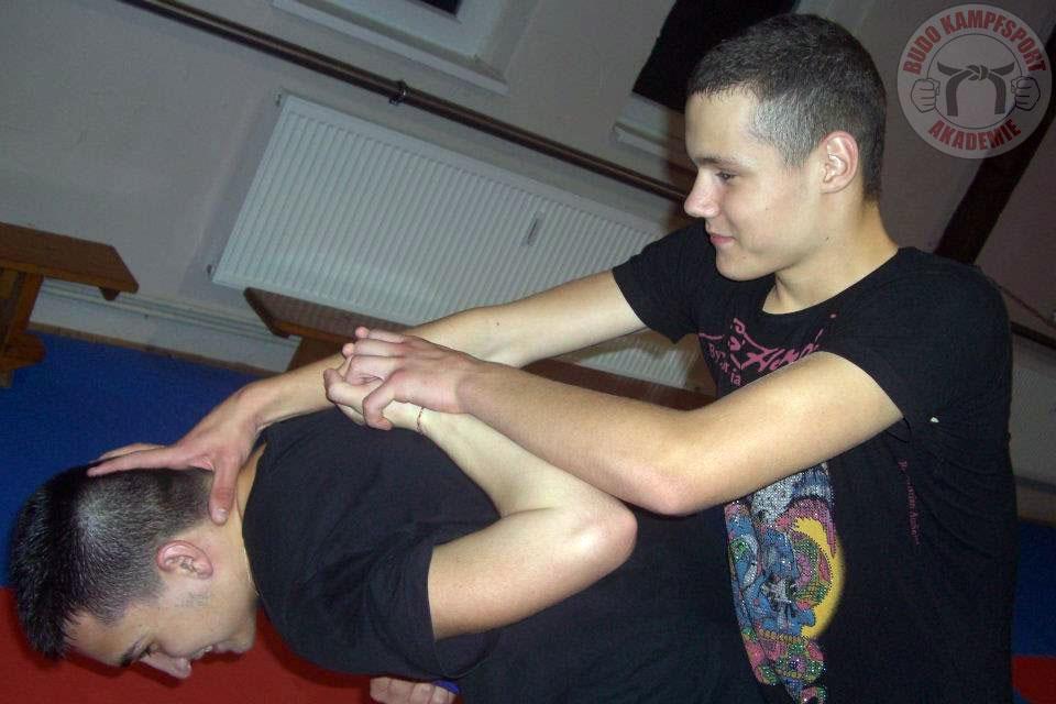 Selbstverteidigung Kampfkunst